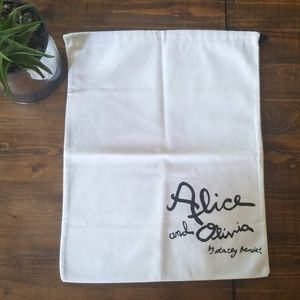 Alice and Olivia by Stacey Bendet white dist bag